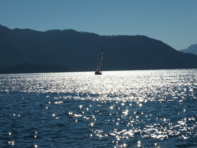 Yacht Charter Tips